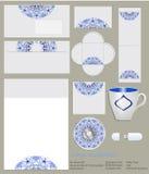 Disegno dell'identità corporativa Modello floreale blu nello stile di Gzhel per le società artistiche e creative Immagine Stock