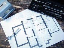 Disegno della casa sulla tavola d'annata Fotografia Stock Libera da Diritti
