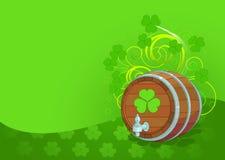 Disegno di giorno della st Patrick con il barile di birra Fotografie Stock Libere da Diritti