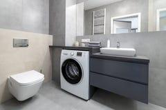 Disegno interno della stanza da bagno moderna fotografie stock