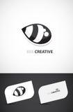 Diseño creativo de la insignia de la abeja Imagenes de archivo