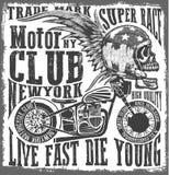 Diseño gráfico de la motocicleta del cráneo de la camiseta Imagen de archivo libre de regalías
