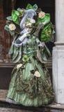 Disfraz veneciano verde complejo Imagen de archivo