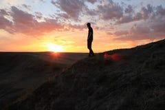 Disfrutar de una puesta del sol africana hermosa imágenes de archivo libres de regalías