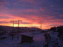 Disfrutar de una puesta del sol hermosa en la Columbia Británica de Kamloops fotografía de archivo libre de regalías