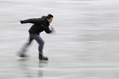 Disfrutar del hielo-patinaje rápido Foto de archivo libre de regalías