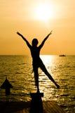 Disfrute de la puesta del sol Imagen de archivo libre de regalías