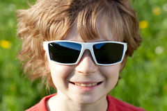 Disheveled guy wearing sunglasses Royalty Free Stock Images