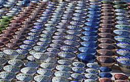 Dishware cerâmico, Usbequistão foto de stock