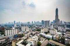 Disig sikt av det Ratchathewi området, i Bangkok, Thailand Arkivbild