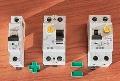 Disjoncteur, RCD et disjoncteur actuel différentiel photo stock