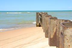 Disjuntores da linha costeira de Michigan de lago fotos de stock royalty free