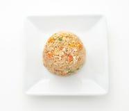 Disk av internationell kokkonst i en restaurang royaltyfri bild