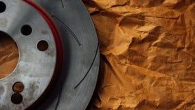 Diskettbromsen är det en del av bilbruk för stopp bilen Arkivbild