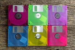 Diskettes op een houten lijstachtergrond royalty-vrije stock fotografie