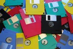 3 5 diskettes van diverse kleuren royalty-vrije stock afbeeldingen