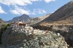 Diskit monasteru panorama przy słonecznym dniem w Nubra dolinie Fotografia Stock