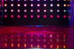 Disko med färgrika ljus royaltyfri fotografi