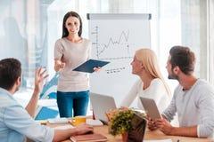 Diskussion einiger betriebswirtschaftlicher Probleme Lizenzfreie Stockfotos