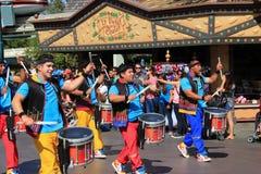 Disney défilent chez Disneyland Images stock