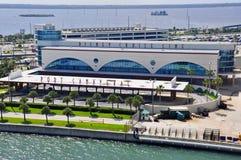 Disney-de Terminal van de Cruiselijn stock afbeeldingen