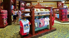Disney dzieciaków sklep przy Disneyland Hong kong Zdjęcia Stock