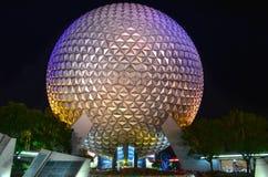 Disney Epcot mitt på natten Arkivbilder