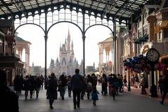 Disney slott på Tokyo Disneyland royaltyfria foton