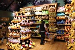 Disney speichern, Times Square lizenzfreie stockfotos