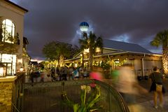 Disney springt het winkelen nacht op Stock Foto