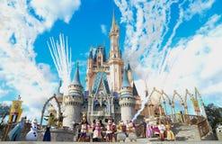 Disney värld Magiskt kungarike arkivbild