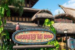 Disney World, royaume magique, a enchanté Tiki Room, voyage, la Floride image stock