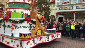 Disneylândia, Paris, França - 30 de dezembro de 2016 Rato de mickey pluto pateta da parada de Disneylândia filme