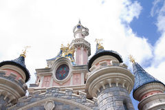 Disneyland, Παρίσι - 14 Μαΐου 2016: Πάρκο Disneyland στο Παρίσι, Γαλλία Ομορφιά Castle ύπνου Στοκ Εικόνες