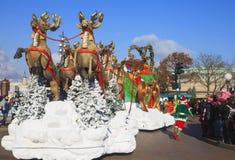 Disneyland - défilé dans le temps de Noël, Paris Photographie stock