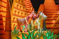 Disneyland dragning i ljus royaltyfri foto