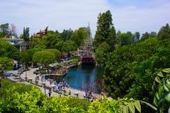Disneyland ha osservato dalla casa sull'albero Fotografie Stock Libere da Diritti