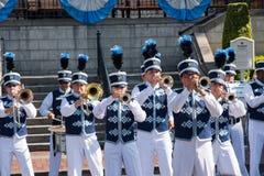 Disneyland het marcheren band stock foto