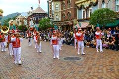 Disneyland Hong Kong marschmusikband royaltyfri fotografi