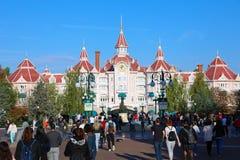 Disneyland Paris hotell på Disneyland Paris royaltyfri fotografi