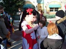 Disneyland Paris Lilo Signing Autographs för fans Arkivbilder