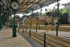 Disneyland Resort -Linie Station, Hong Kong Lizenzfreie Stockbilder