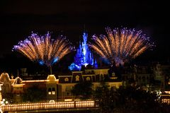 Disneyland Resort Paris fyrverkerier arkivbild