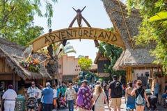 Disneyland-` s Adventureland in Anaheim, Kalifornien Lizenzfreies Stockbild