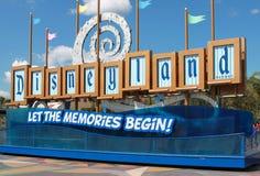 Disneyland-Zeichen stockbild