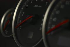 disparado de um velocímetro em um carro Imagens de Stock