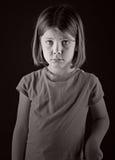 Disparado de uma criança loura de vista triste Fotografia de Stock