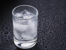 Disparado do álcool efervescente frio Imagem de Stock