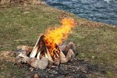 Disparado do incêndio de acampamento Fotos de Stock Royalty Free