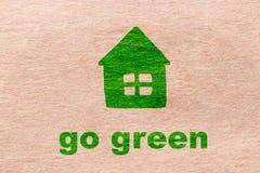 Disparaissent le vert sur le papier d'emballage Image stock